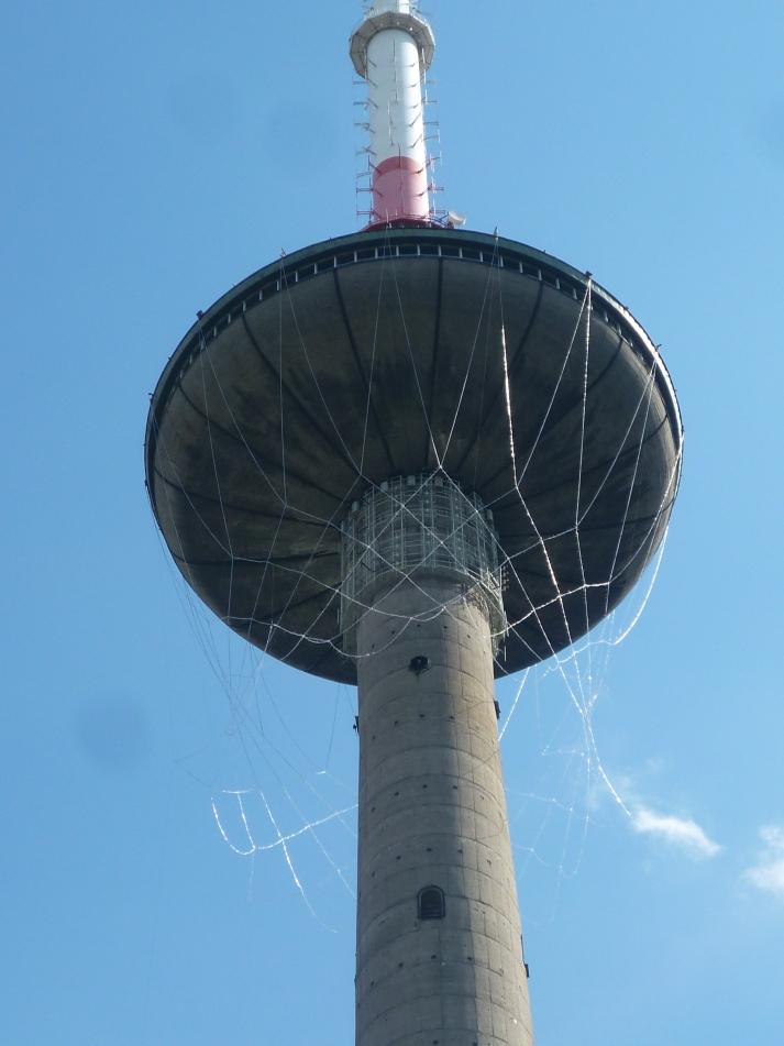 La torre de TV de Vilnius acicalada para el Eurobasket