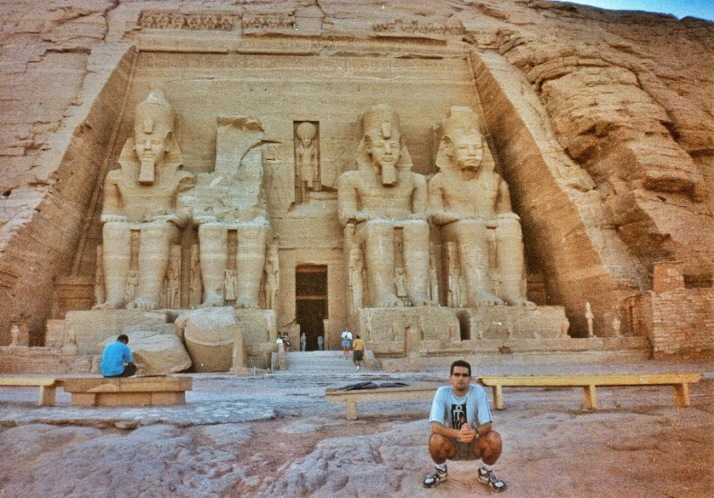 Abu Simbel retocada