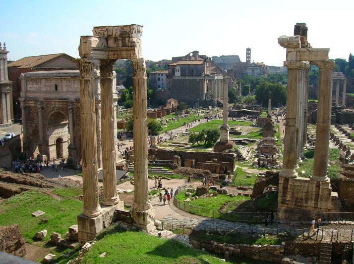 Y el Foro Romano durante el día