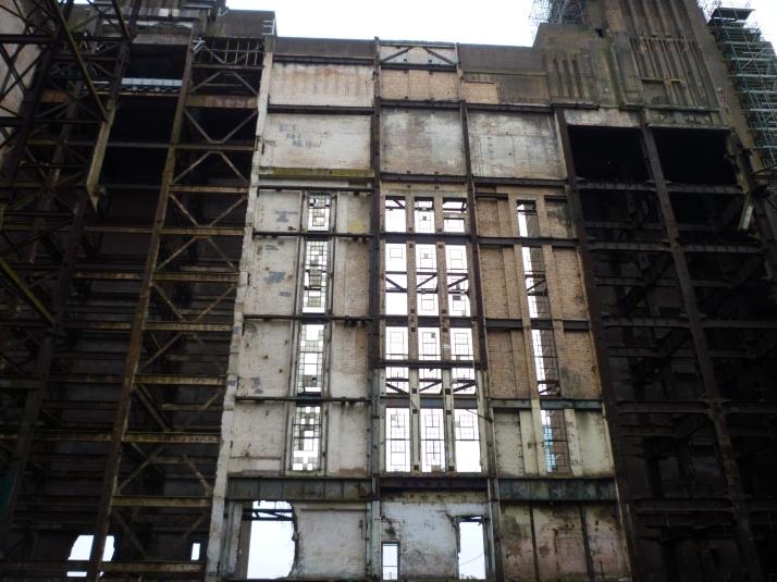 Detalle del interior de la fachada sur