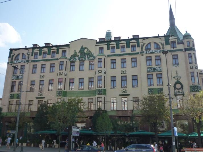 La fachada del Hotel Moskva