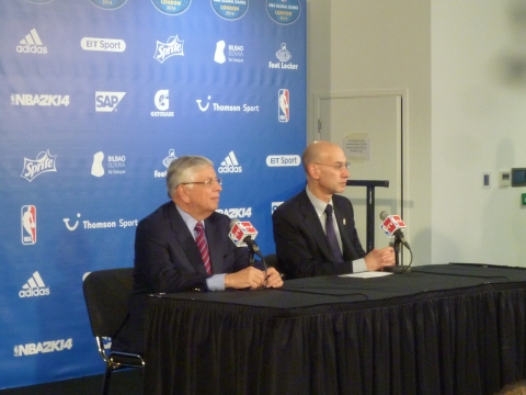 Stern y Silver en la rueda de prensa