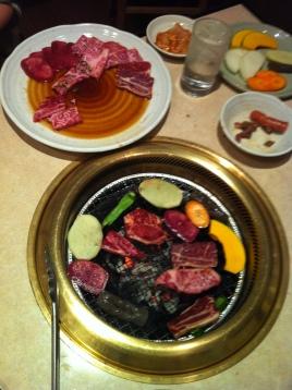 Un restaurante de yakiniku