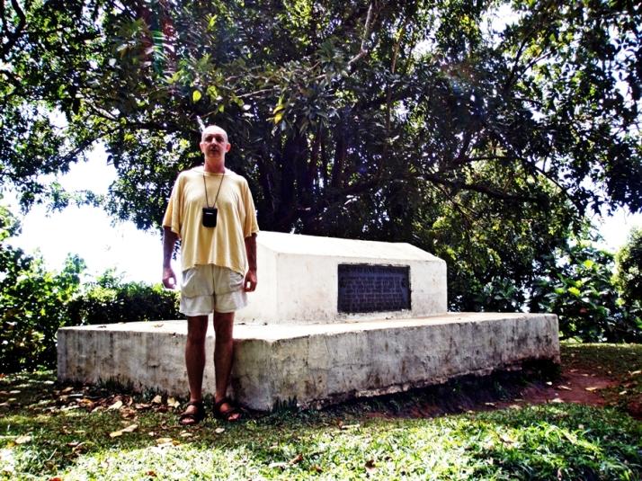 Tumba de R.L. Stevenson (Samoa) en 2008