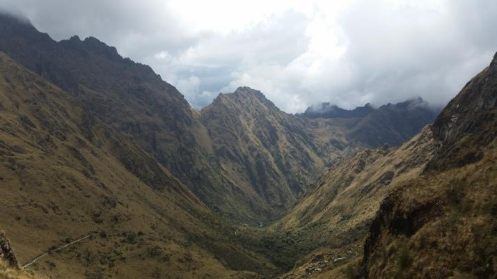 El descenso hasta el campamento de Pacamayo