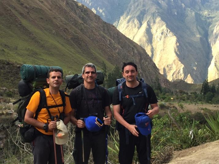 Fran, yo, Juan casi al final de la primera jornada
