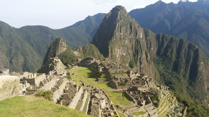 Machu Picchu con e Huayna Picchu al fondo, la foto postal tipica